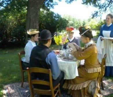 tea at the flynn mansion