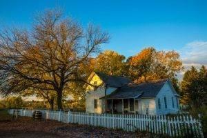 1900 farm house