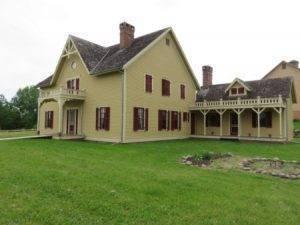 Tangen House