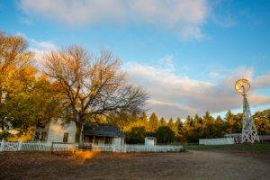 autumn at 1900 farm