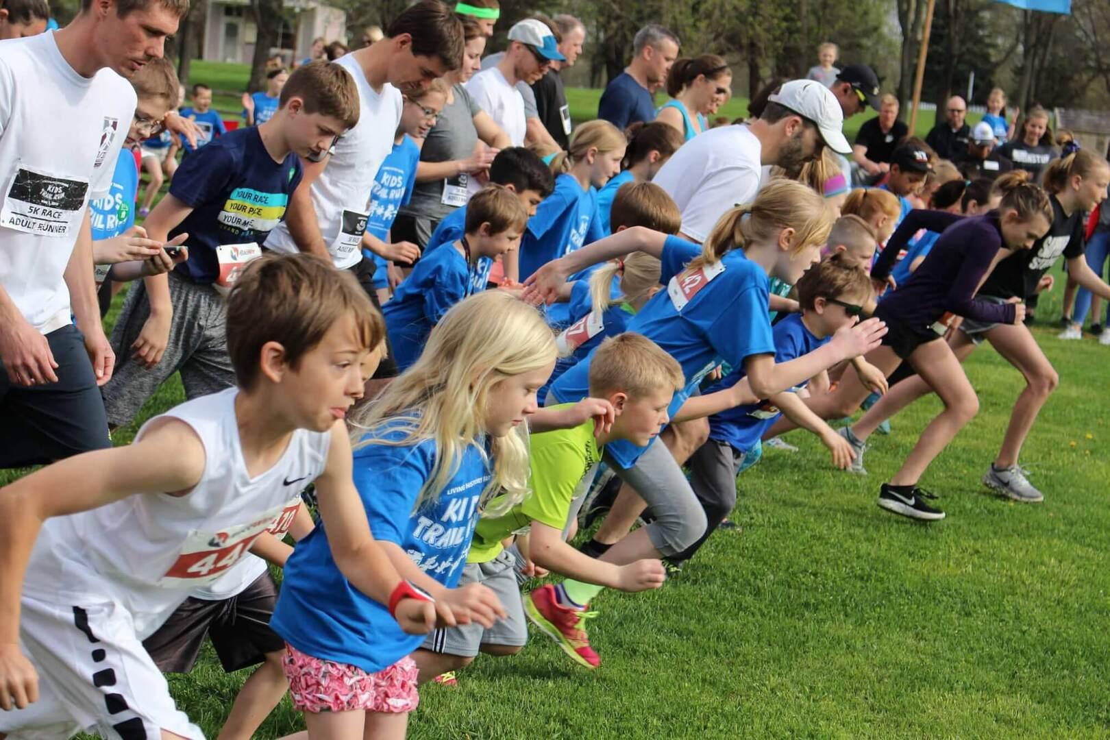 kids train run