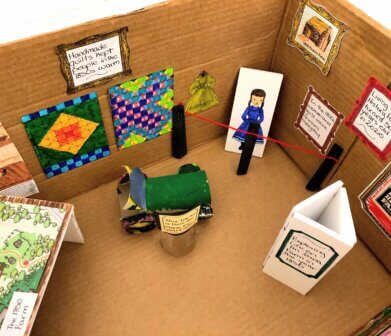 mini exhibit corner